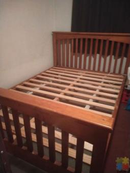 Very nice queen bed..pure wood..Harvey Norman