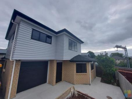 Beautiful brand new 4 bedroom house available for rent