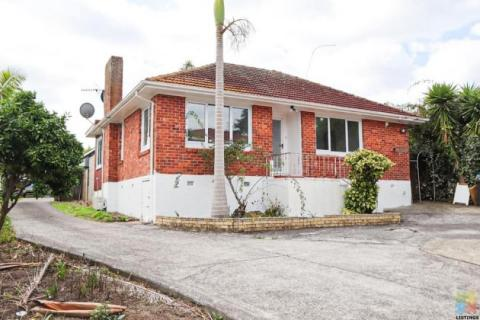 Beautiful Family Home For Rent In Blockhouse Bay