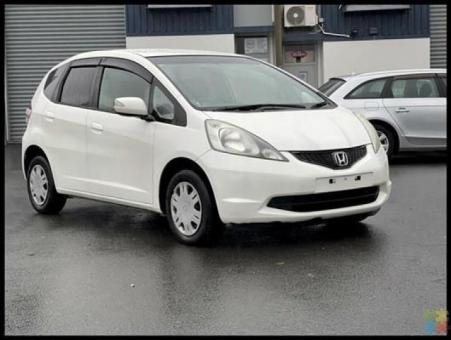 2008 Honda fit g **rear parking sensors+black interior+aux**