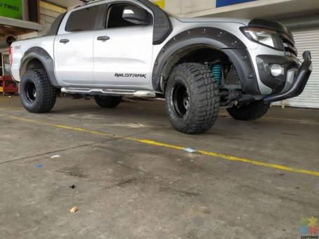 Lift kit, steeleis , mud tyres and many more Available on finance options