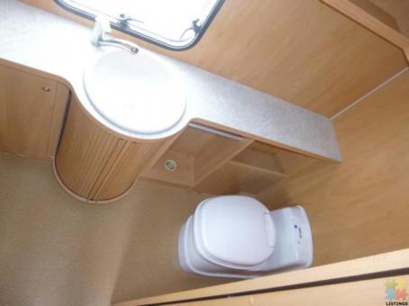 2006 Burstner Ventana fixed single bed 4 berth caravan