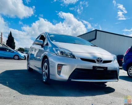 2015 Toyota Prius S Model NEW SHAPE 8 Airbag