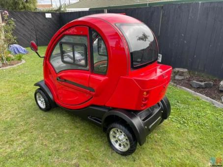 Mobility Scooter Ewave Enclosed Cabin 2020 model Almost Brand New