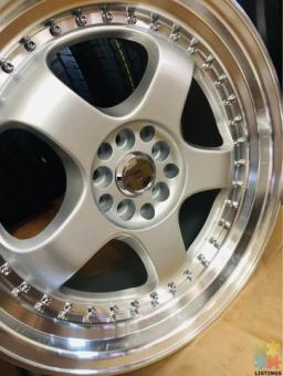 One combo of multiple vehicle accessories ( Mags - tyres - lifting - lowering )