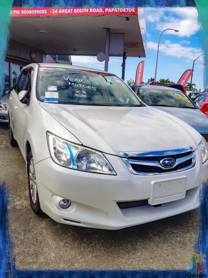 2010 Subaru Exiga - 1/2