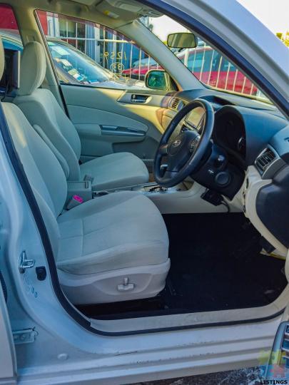 2010 Subaru Exiga - 2/2