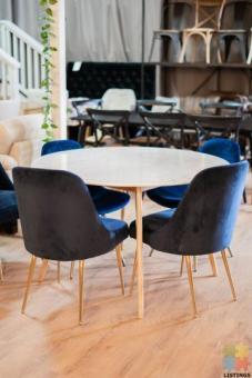 Iris Round Marble Dining Table