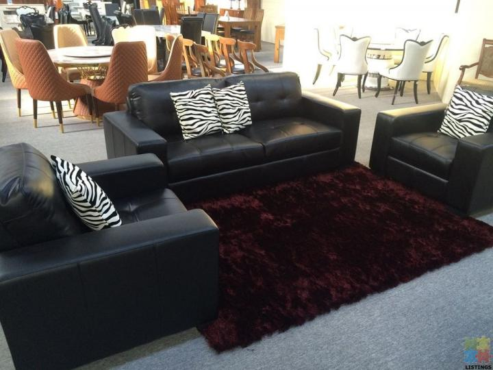 Brand New Leather Lounge Suite 2+3 - 1/1