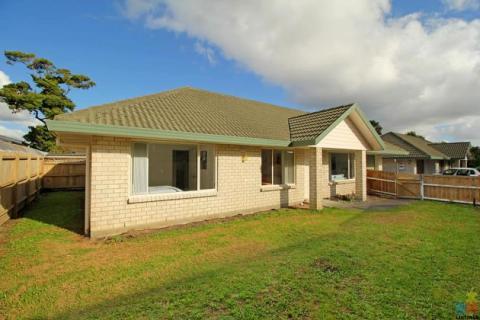 Standard alone solid brick house for Sale in Garden School Zone