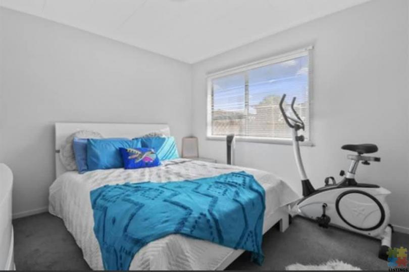Calling First home buyers close to all amenities papakura. - 2/4