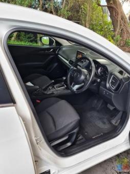 2014 Mazda 3 sp25