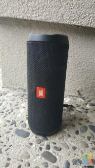 JBL 4 Speaker Flip 4