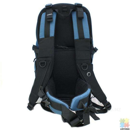 Lowepro Primus AW Backpack (Arctic Blue) - 6/10