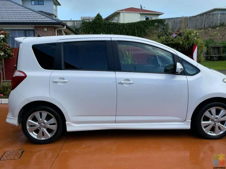 Toyota Ractis - 3/3