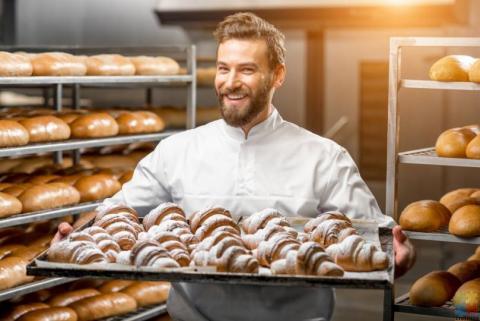 Baker & Baker Assistant