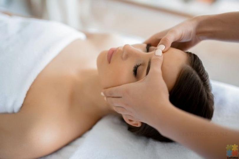 HealthCure Massage Botany - 10/12