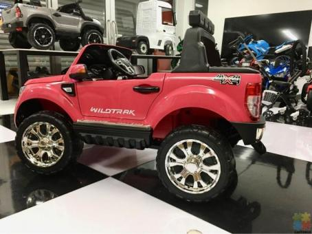 2*12 Volts Pink Licensed Ford Ranger 4WD, Wint glossy paint