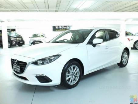 2016 Mazda axela hybrid