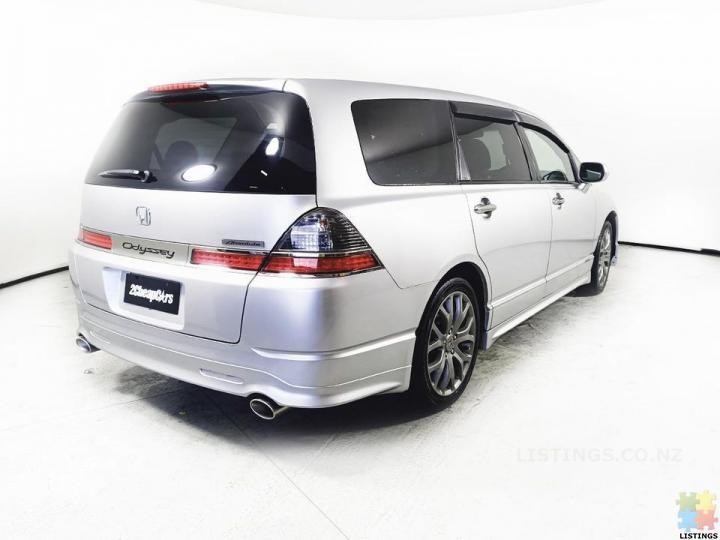 2006 Honda Odyssey - 2/3