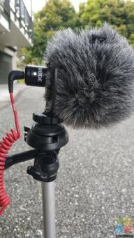 Rode Microphone with Tripod