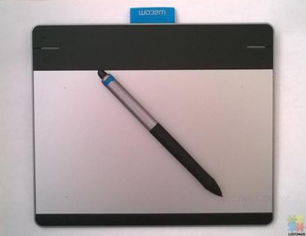 Wacom Intuos Pen and Touch