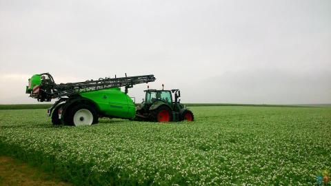 Agricultral Sprayer Operator