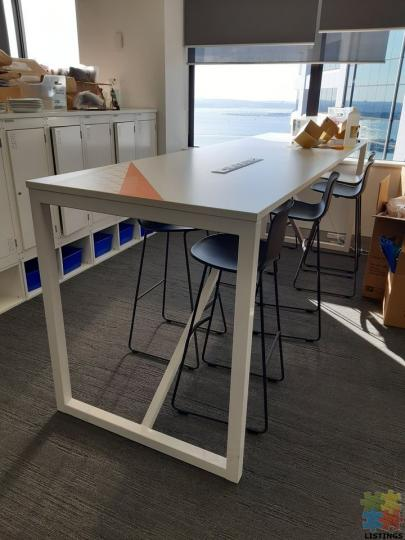 Office Furniture Clearance - Corporate Quality - 1/3