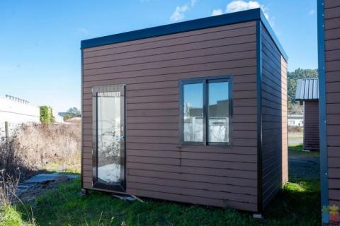 10 square meters cabin with higher celling on sale now