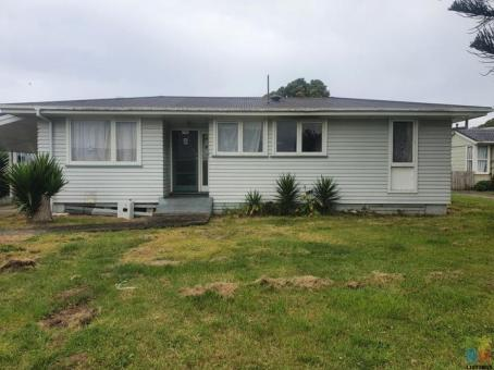 ref Watch 24. For Removal Relocation. Three Bedroom