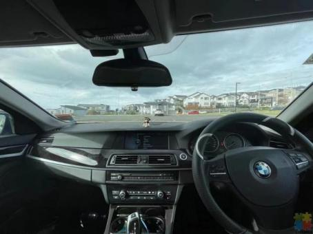 2010 BMW 528i SPORT