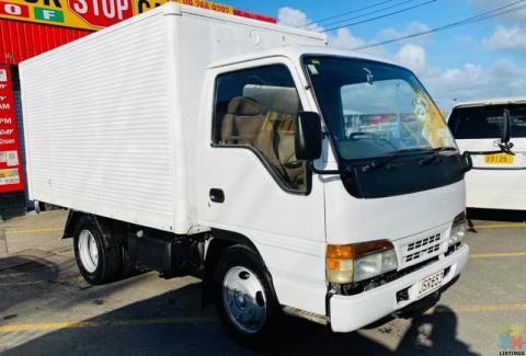 1994 Isuzu ELF Box Body Truck