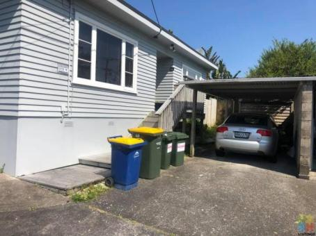 2 Bedroom 1 toilet whole house rent