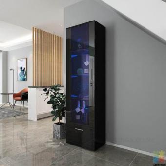 *sue-e* brand new Black gloss display shelf with LED lighting