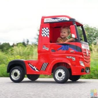 2*12Volts Licensed Mercedes Actros Kids Ride-On Truck-4WD