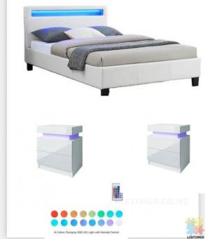 *sue-e* super deal Brand new RGB lighting bed frame