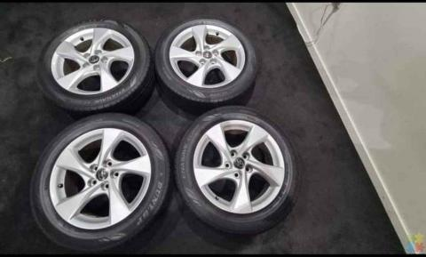 Dunlop Tyres with Toyota Mags