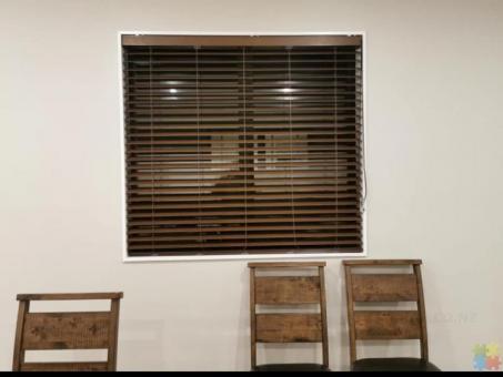 Affordable indoor blinds