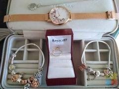 Jewellery bargain TO BRANDS